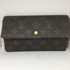 ❤️AFFORDABLE❤️LOUISVUITTON wallet tri-foldMonogram